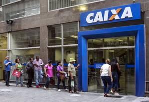 Prazo para saque de contas inativas do FGTS é 31 de julho Foto: Edilson Dantas / Agência O Globo