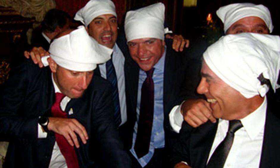 Sérgio Côrtes (primeiro à esquerda), ao lado de Georges Sadala, Wilson Carlos e Fernando Cavendish Foto: Reprodução