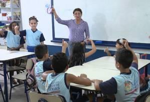 Sala de aula da Escola Municipal Barro Branco, em Duque de Caxias.
