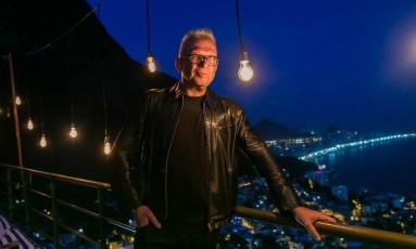 Jean Paul Gaultier no Vidigal, no Rio Foto: Bruno Ryfer/ Trezze Imagens