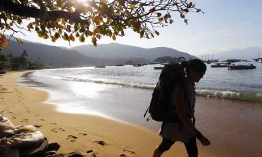 Praia do Abraão, na Ilha Grande. Foto: Custódio Coimbra / Agência O Globo