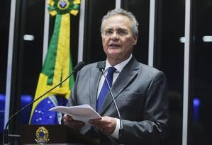Em discurso exaltado, Renan defende debate sobre matérias conexas ao fim do foro privilegiado Foto: Agência Senado
