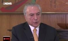 O presidente Michel Temer é entrevistado no programa de Roberto D´Avila, na GloboNews Foto: Reprodução