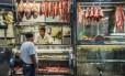 Venda de carnes, após Operação Carne Fraca Foto: Cris Faga / Fox Press Photo/Agência O Globo