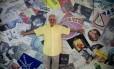 Orlando Miranda, dono do Teatro Princesa Isabel, se lembra de cada espetáculo que passou por lá Foto: Brenno Carvalho