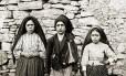 Os três Pastorinhos de Fátima: Lúcia dos Santos, Francisco Marto e Jacinta Marto
