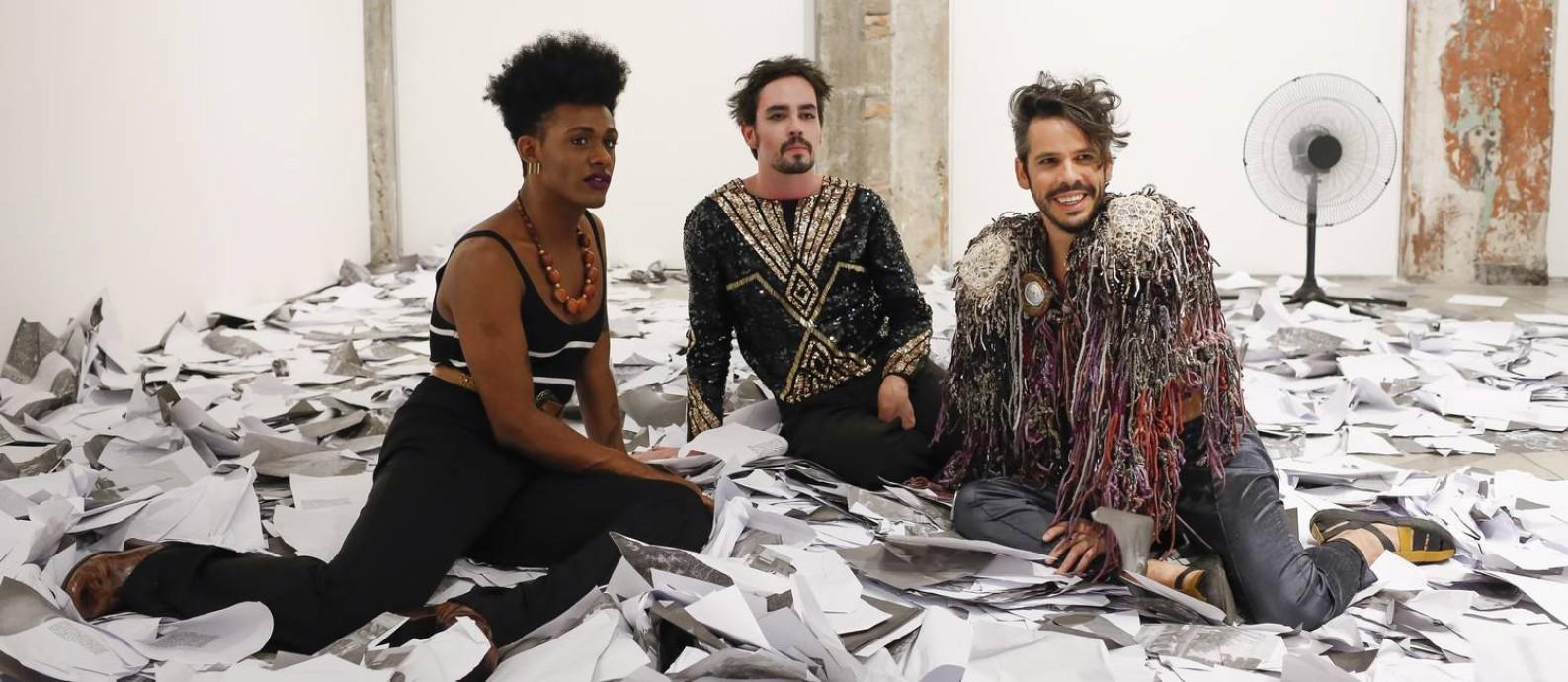 Gravação de uma faixa exclusiva do encontro entre Johnny Hooker, Almério e Liniker, que tocam no Palco Sunset do Rock in Rio Foto: Edilson Dantas / Agência O Globo