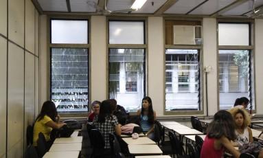 Para concorrer por cotas, estudantes devem apresentar autodeclaração e foto colorida Foto: Eduardo Naddar / Agência O Globo