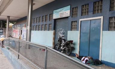 Restaurante popular de Bonsucesso com portas fechadas. Foto: 01/02/2017 Foto: Fabiano Rocha / Agência O Globo