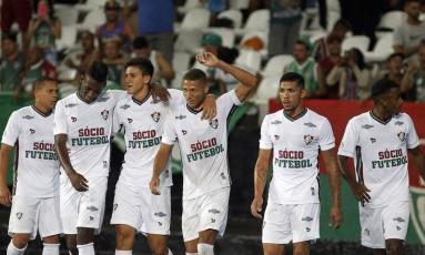 Da esquerda para a direita: Wellington, Léo Pelé, Pedro, Richarlison, Douglas e Wendel. Garotada do Fluminense aparece com força no profissional Foto: Nelson Perez/Fluminense F.C.