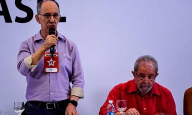 """A oficialização da candidatura de Lula ficará para um """"momento mais oportuno"""", segundo Rui Falcão Foto: Nelson Almeida/AFP"""