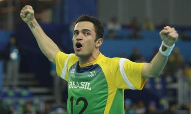 Falcão comemora gol pela seleção durante o Pan de 2007, no Rio Foto: Fernando Maia