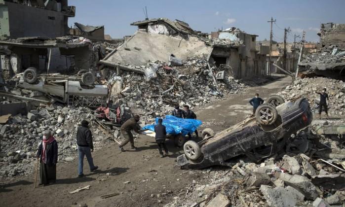 Papa Francisco pede proteção para os civis de cidade no Iraque