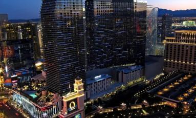 Hotel e Cassino Cosmopolitan, na Las Vegas Boulevard, próximo ao local em que atirador se abrigou em ônibus Foto: Allen McGregor/Wikimedia Commons