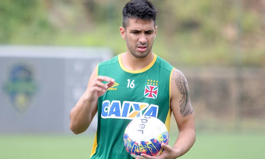Zagueiro Luan, do Vasco, negocia transferência para o Palmeiras