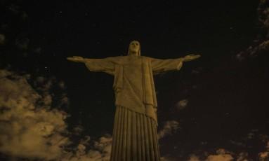 A estátua do Cristo Redentor, no Rio, participou da campanha Foto: YASUYOSHI CHIBA / AFP