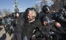 O protesto não foi autorizado pelas autoridades de Moscou, e o Kremlin classificou o movimento como uma provocação Foto: Alexander Zemlianichenko / AP
