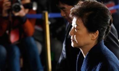 A ex-presidente sul-coreana foi à sede da procuradoria, em Seul, para depor na semana passada Foto: Kim Hong-ji / AP