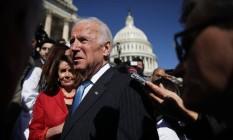 Ex-vice-presidente dos EUA, Joe Biden fala a jornalistas em Washington Foto: ALEX WONG / AFP