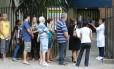 Fila para a vacina de febre amarela no posto Heitor Beltrão, na Tijuca Foto: Marcia Foletto / Marcia Foletto