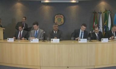 Procuradores e delegados da Polícia Federal explicam nova fase da Lava-Jato em coletiva Foto: Reprodução