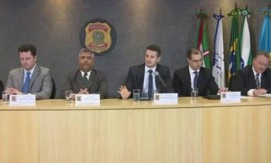 Polícia Federal concedeu entrevista coletiva nesta terça-feira para explicar a operação Foto: Reprodução
