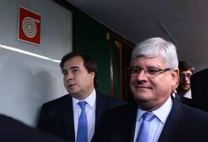 O procurador-geral da República, Rodrigo Janot, se reuniu com o presidente da Câmara, Rodrigo Maia, nesta terça-feira Foto: Givaldo Barbosa / O Globo