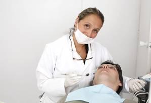 Bichectomia. Cirurgia ajuda pessoas que mordem as bochechas ou têm bruxismo Foto: Fábio Rossi