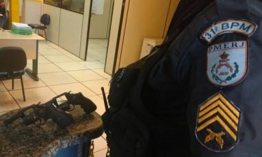 As armas apreendidas com o bandido preso Foto: Divulgação