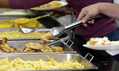 Preço da refeição fora de casa subiu Foto: Fabiano Rocha / Agência O Globo