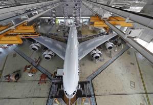 Airbus projeta demanda de mais 825 aviões para atender o mercado brasileiro até 2035 Foto: PHILIPPE WOJAZER / REUTERS