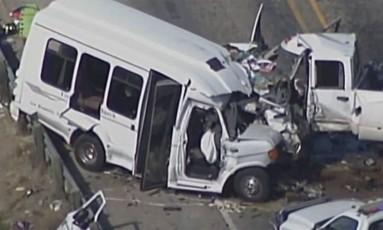 Os dois veículos colidiram, nesta quarta-feira, na Rodovia 83, no Texas Foto: Reprodução Vídeo
