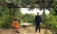 Os atores Sophie Semin e Reda Kateb em 'Os belos dias de Aranjuez', de Wim Wenders Foto: Divulgação