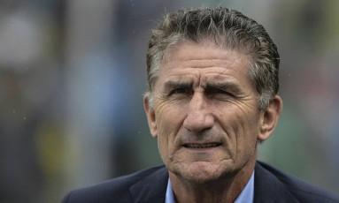 O técnico Edgardo Bauza está ameaçado de demissão na Argentina Foto: JUAN MABROMATA / AFP