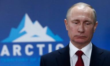 Putin: mandatário diz que derretimento de icebergs já era registrado na década de 1930 Foto: AP