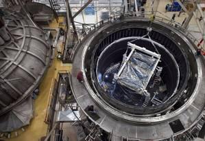 O telescópio James Webb, que substituirá o Hubble em 2018: últimos ajustes Foto: AFP