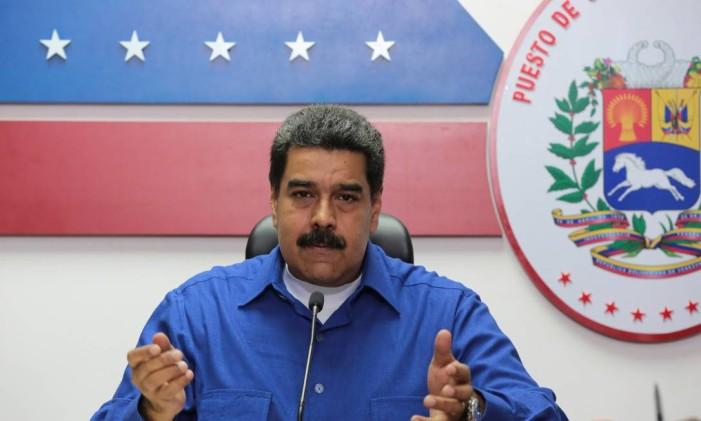 O presidente da Venezuela, Nicolás Maduro, fala durante um encontro com ministros, em Caracas Foto: HANDOUT / REUTERS
