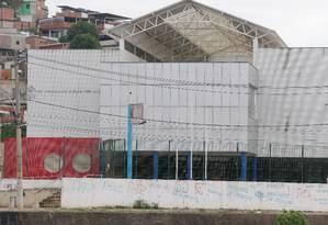 Escola Municipal Daniel Piza, em Acari, onde a menina Maria Eduarda morreu vítima de bala perdida Foto: Fabiano Rocha - 31/03/2017 / Agência O Globo