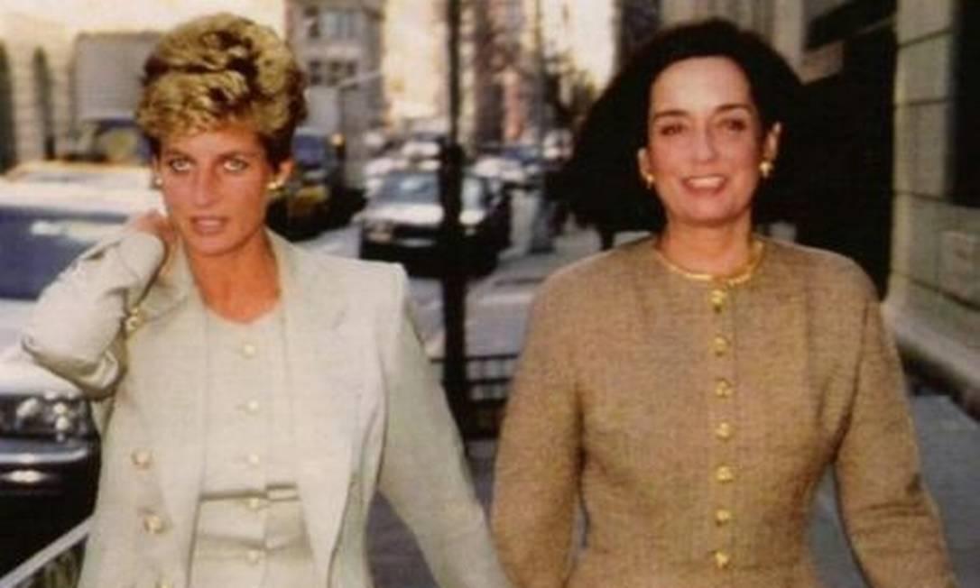 Lúcia Flexa de Lima ao lado da princesa Diana Foto: Reprodução