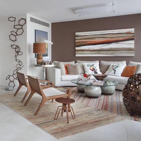 Uma visão ampla da sala de jantar e do living Foto: Divulgação / Escala Arquitetura