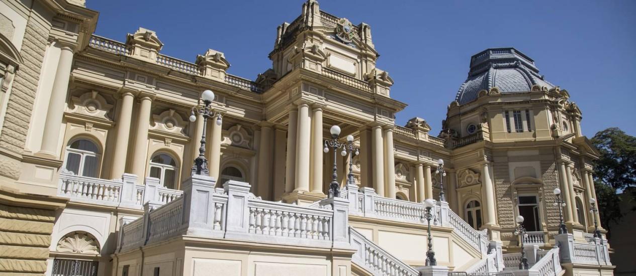 A fachada do Palacio Guanabara, em Laranjeiras Foto: Ana Branco / Agência O Globo