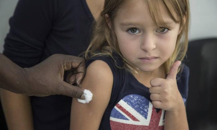 Vacina contra febre amarela entra no calendário de imunização em Salvador