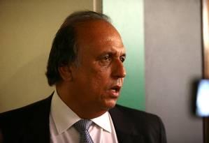 Delator diz que esquema no TCE pagou R$ 900 mil em despesas de Pezão Foto: Jorge William / Agência O Globo