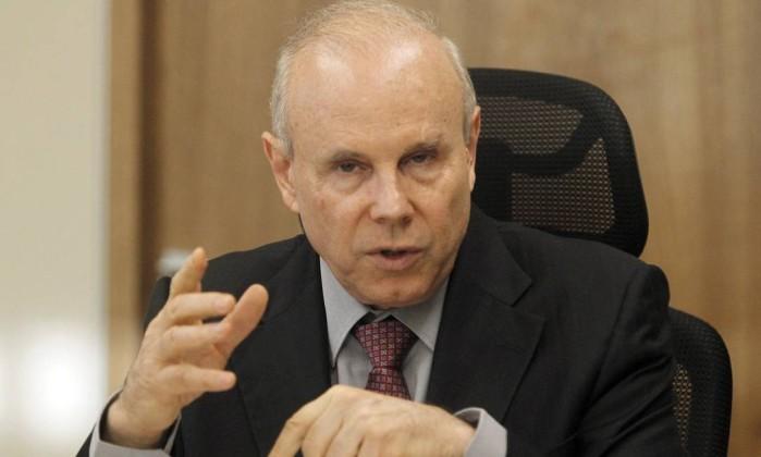 TSE adia julgamento da chapa Dilma-Temer