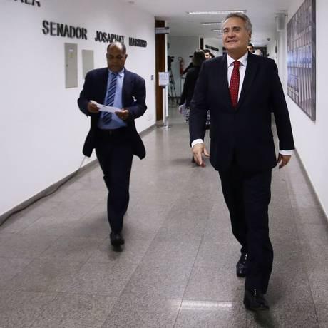 'Com o governo de Eduardo Cunha eu já rompi; vamos aguardar o próximo', diz Renan Foto: Givaldo Barbosa / Agência O Globo