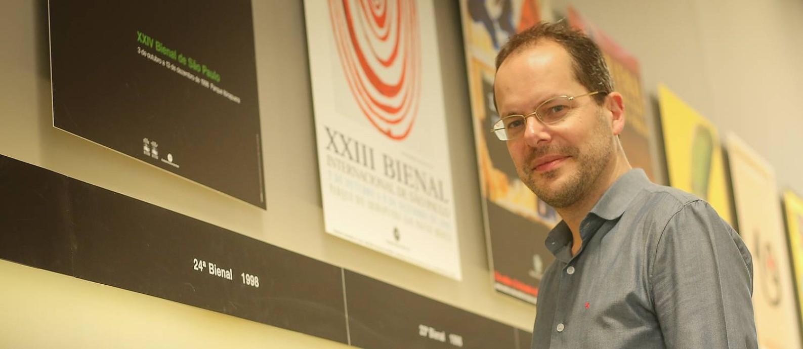 Gabriel Pérez-Barreiro, novo curador da Bienal de São Paulo Foto: Marcos Alves / O Globo