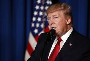 Trump faz pronunciamento para anunciar lançamento de mísseis que marcou primeiro ataque dos EUA ao regime sírio Foto: Alex Brandon / AP