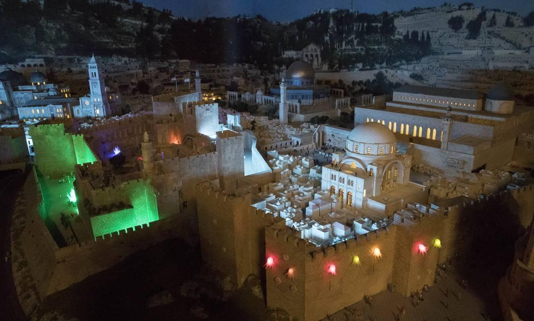 Antigas construções de Jerusalém representadas na maquete do Oriente Médio Foto: Mary Altaffer / AP
