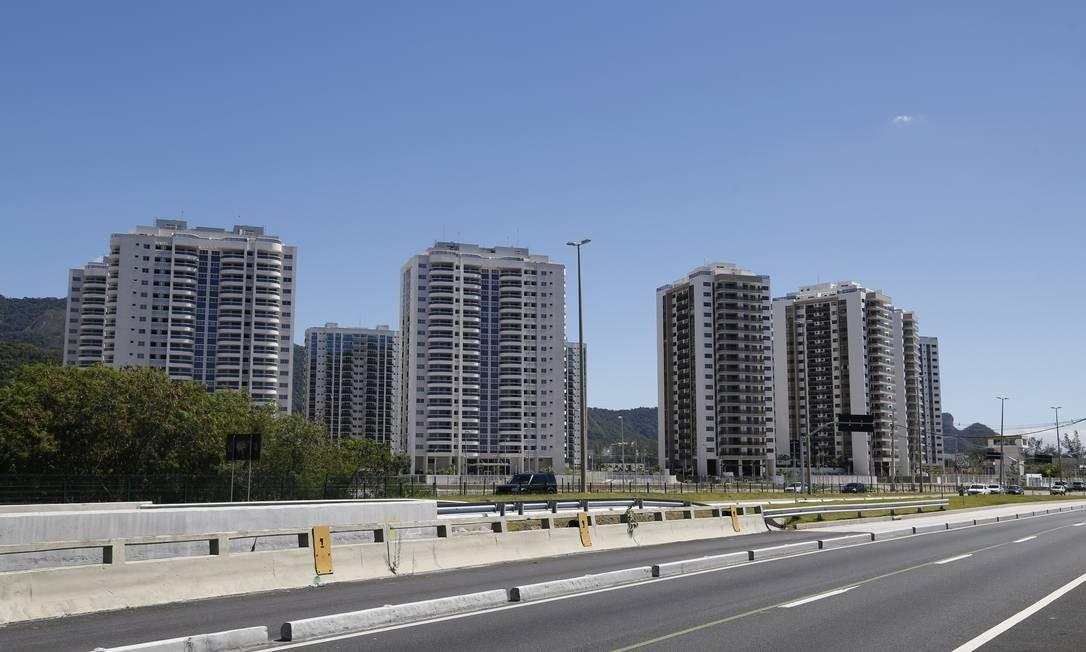 Condomínios construídos na Barra para a Olimpíada Foto: Fábio Rossi