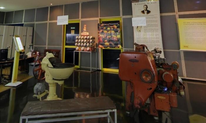 Máquinas antigas no museu da Fábrica da Garoto, em Vila Velha, no Espírito Santo Foto: Reprodução